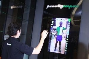 Aqui no Brasil a Penalty inaugurou uma loja em Campinas (SP) com provador virtual em 2011. É possível escolher entre as mais de 9.000 combinações disponíveis no mostruário. O software foi desenvolvido pela Blumer.